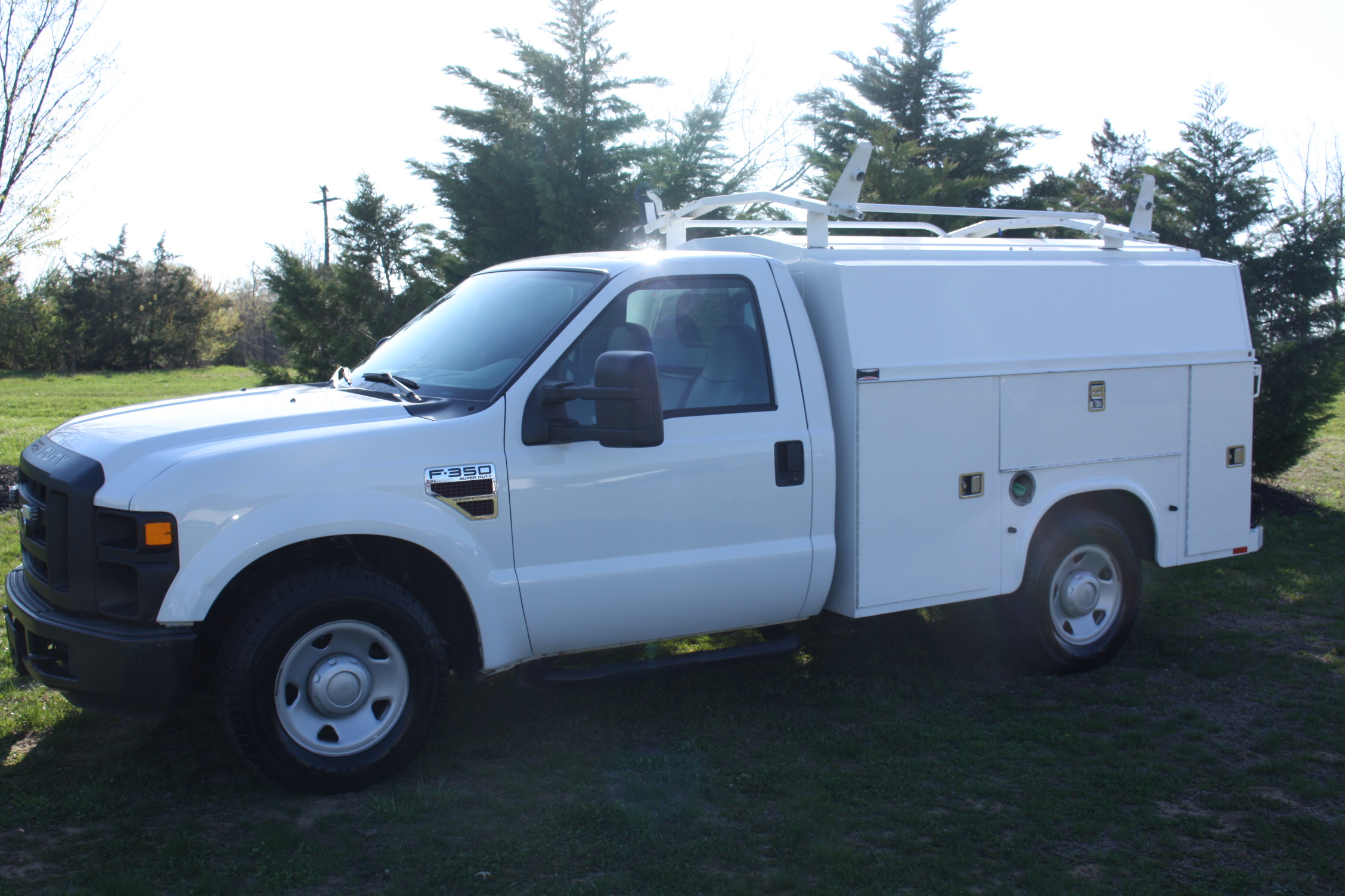 IMG 1202 1 - 2009 FORD F350 WITH KNAPHEIDE ENCLOSED UTILITY