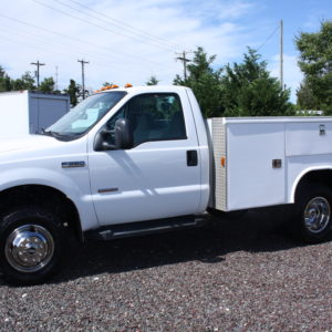 IMG 1586 1 300x300 - 2006 FORD F350 4X4 UTILITY TRUCK