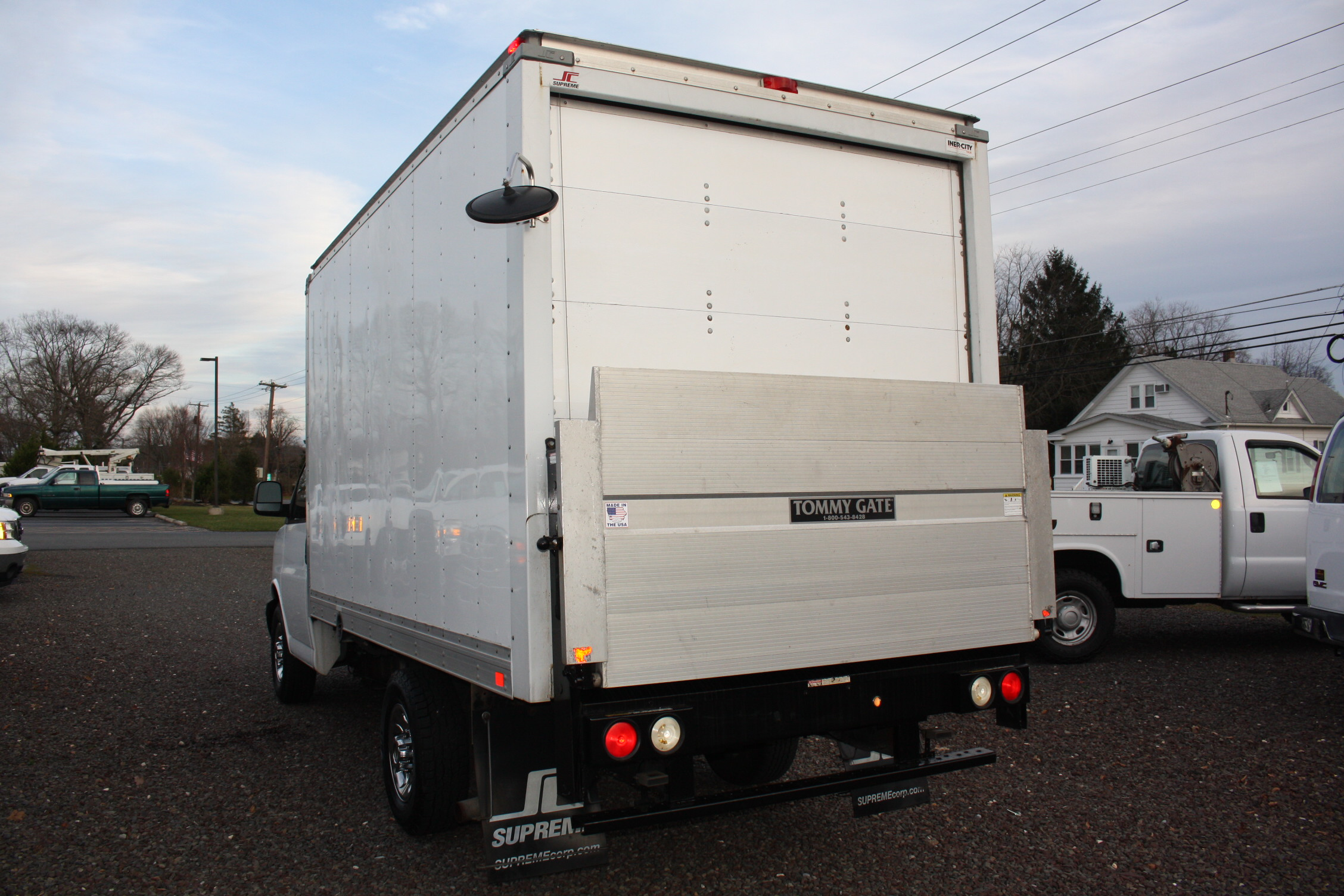 IMG 2518 - 2014 CHEVROLET G3500 BOX TRUCK