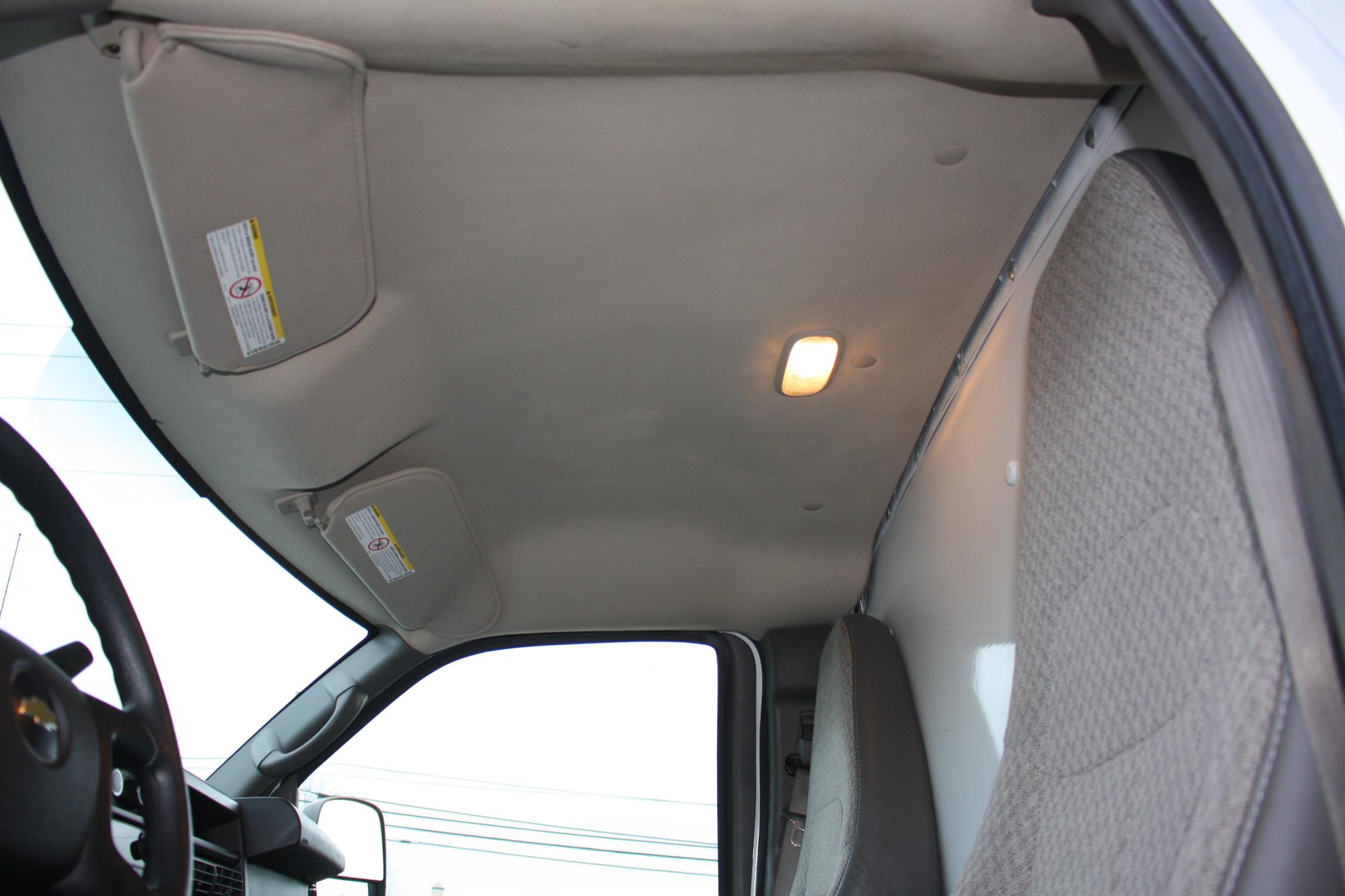 IMG 2526 - 2014 CHEVROLET G3500 BOX TRUCK