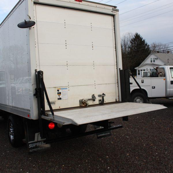 IMG 2533 600x600 - 2014 CHEVROLET G3500 BOX TRUCK