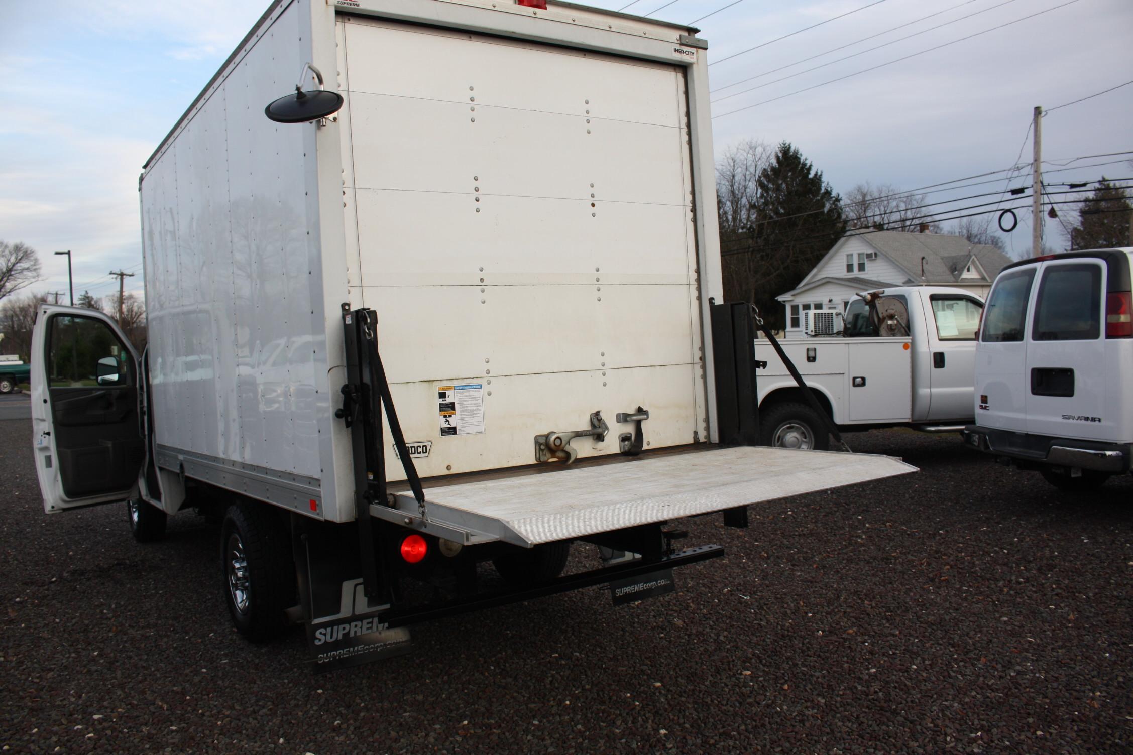 IMG 2533 - 2014 CHEVROLET G3500 BOX TRUCK