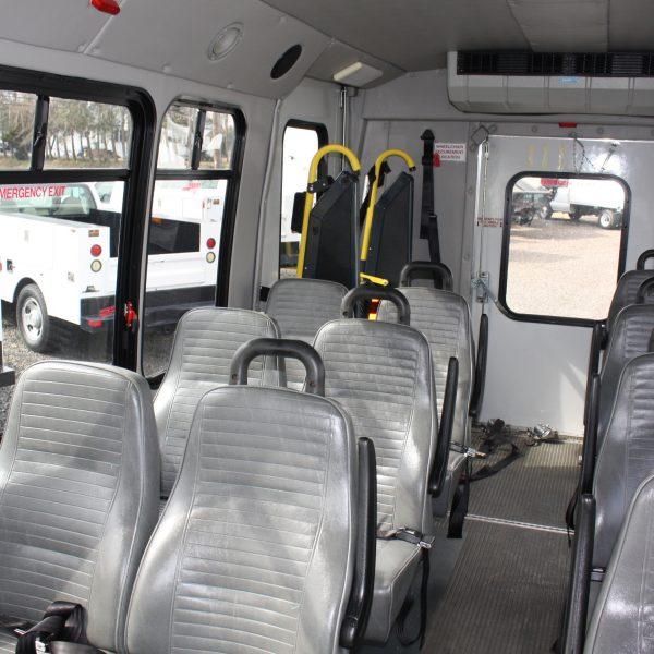 IMG 2952 600x600 - 2008 FORD E450 15 PASSENGER BUS