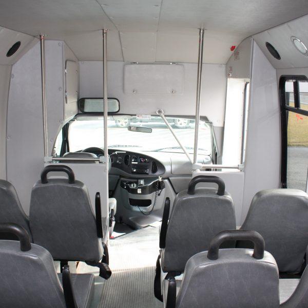 IMG 2956 600x600 - 2008 FORD E450 15 PASSENGER BUS