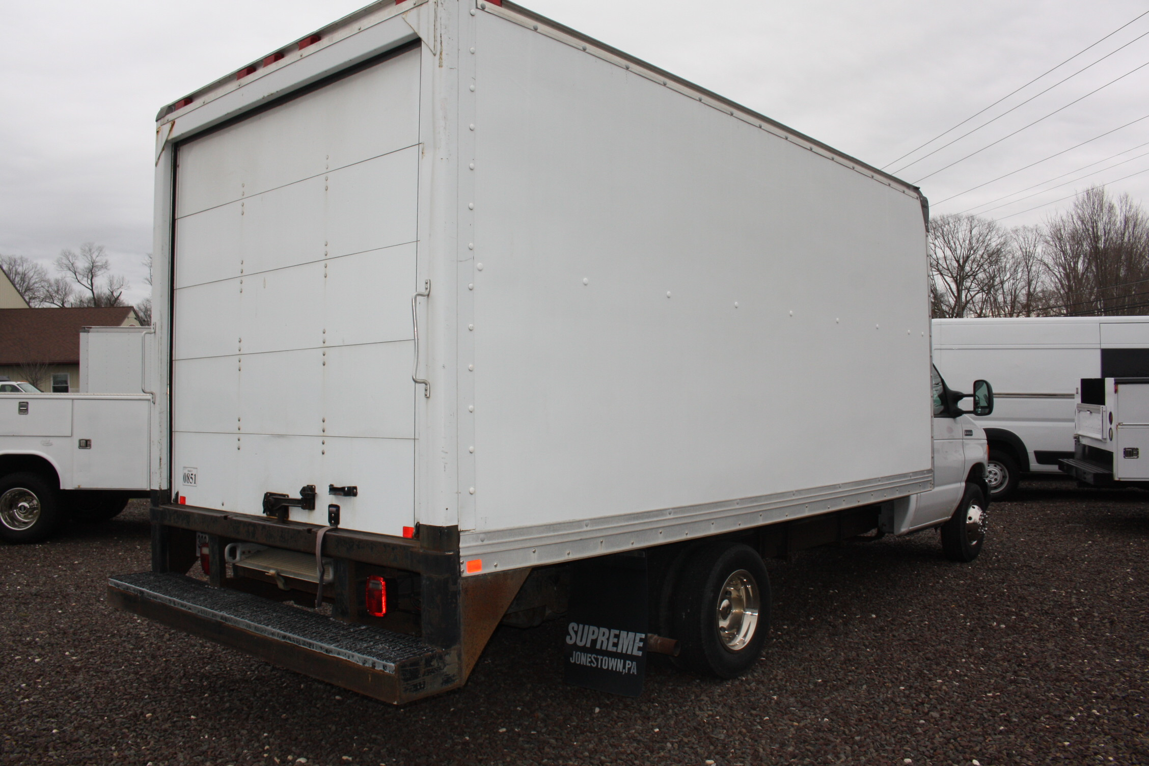 IMG 3081 - 2006 FORD E350 16FT BOX TRUCK