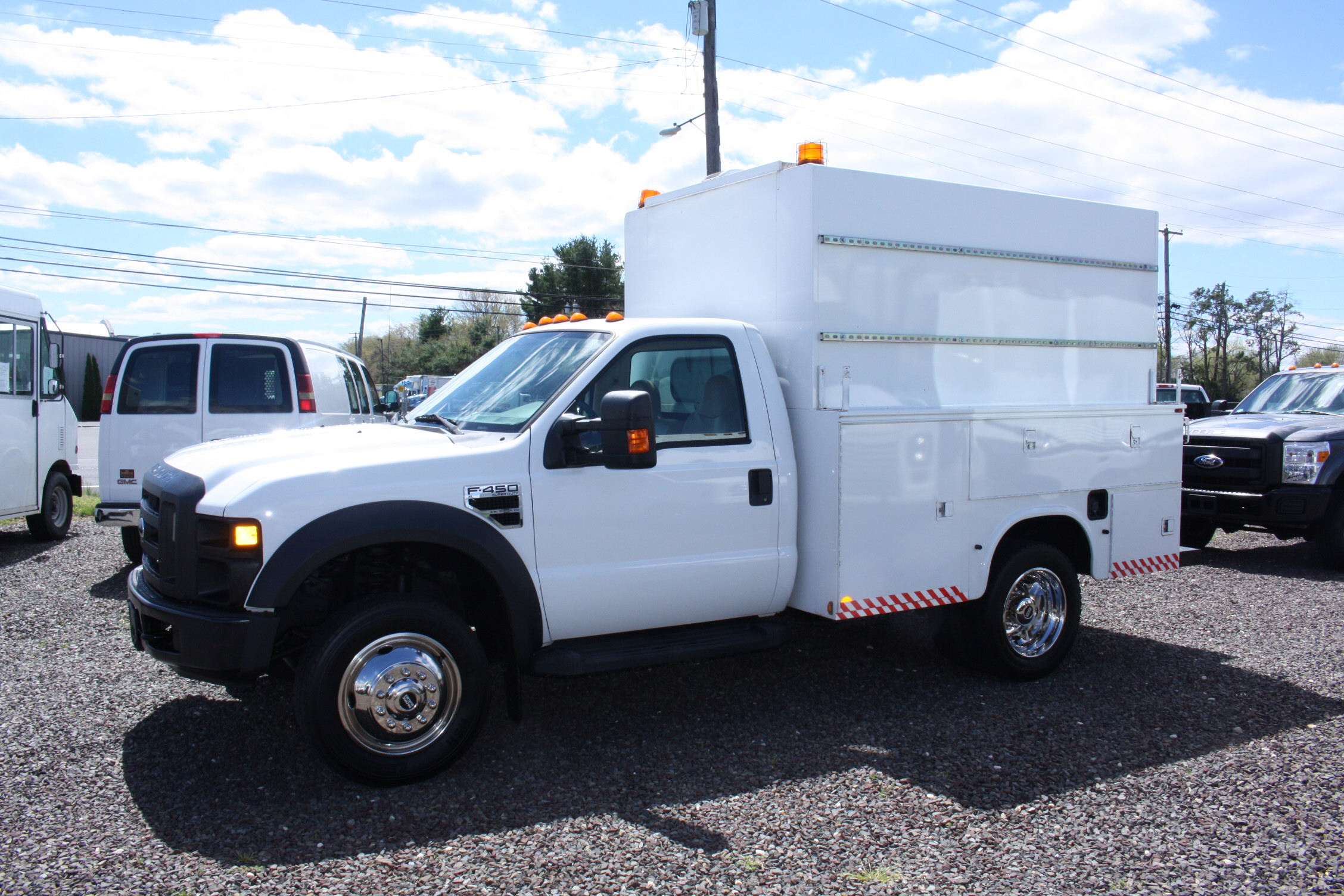 IMG 3514 - 2008 FORD F450 ENCLOSED WALK IN UTILITY