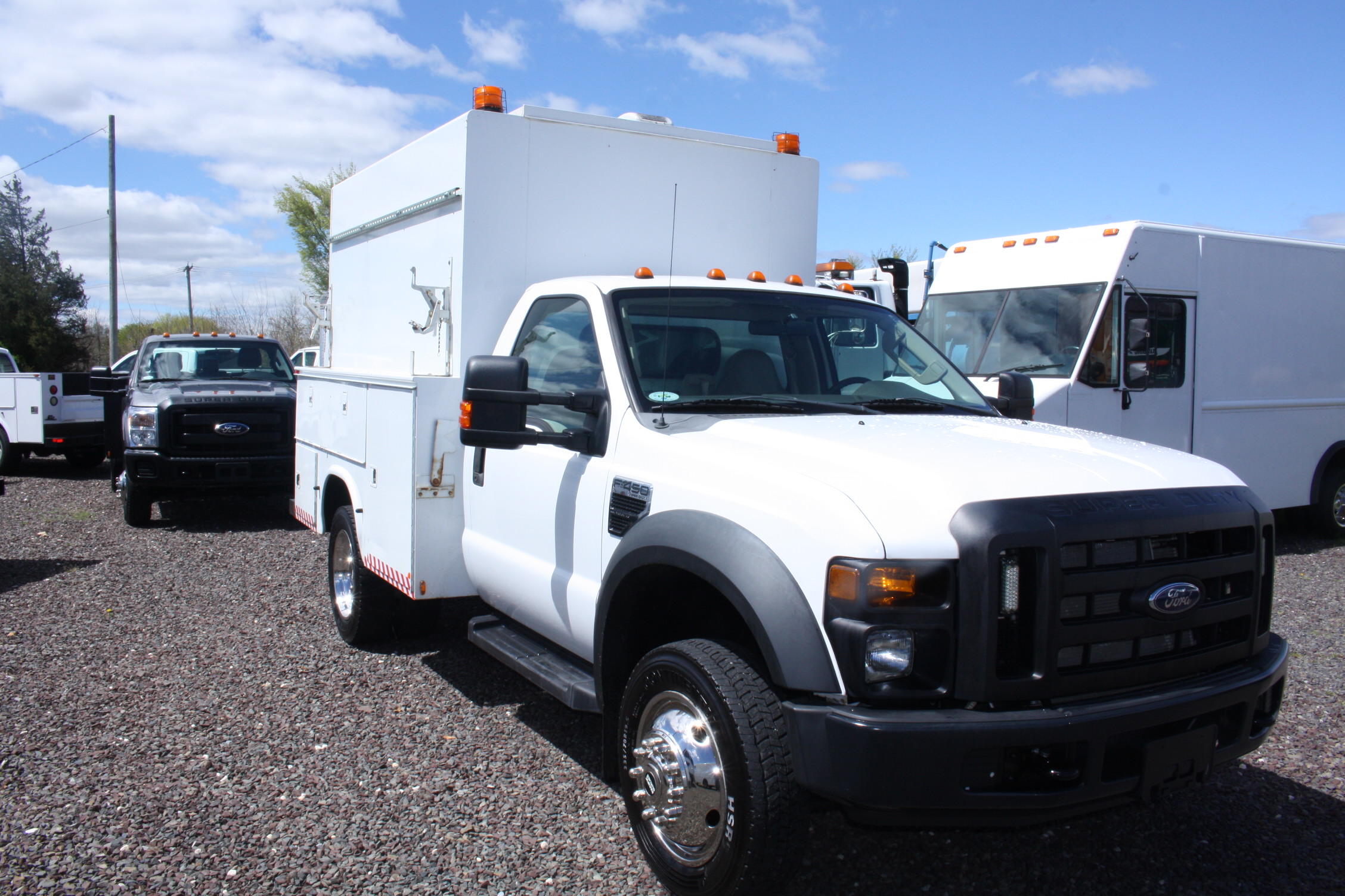IMG 3516 - 2008 FORD F450 ENCLOSED WALK IN UTILITY