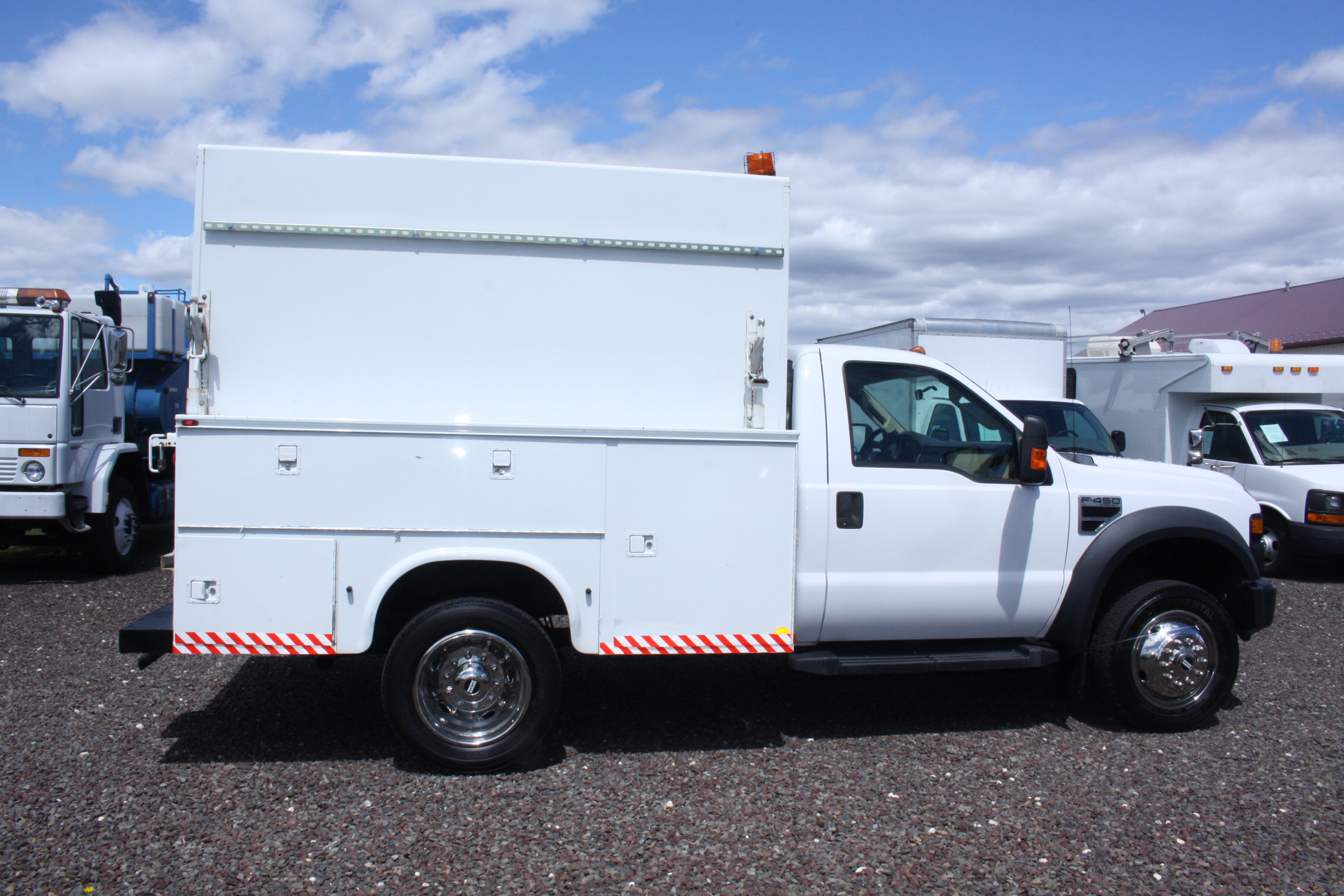 IMG 3517 - 2008 FORD F450 ENCLOSED WALK IN UTILITY