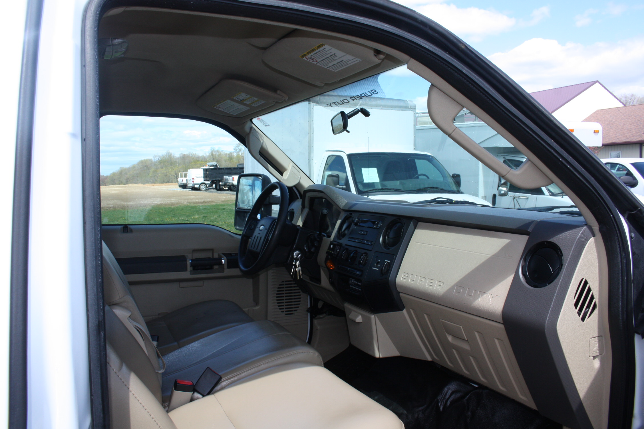 IMG 3530 - 2008 FORD F450 ENCLOSED WALK IN UTILITY