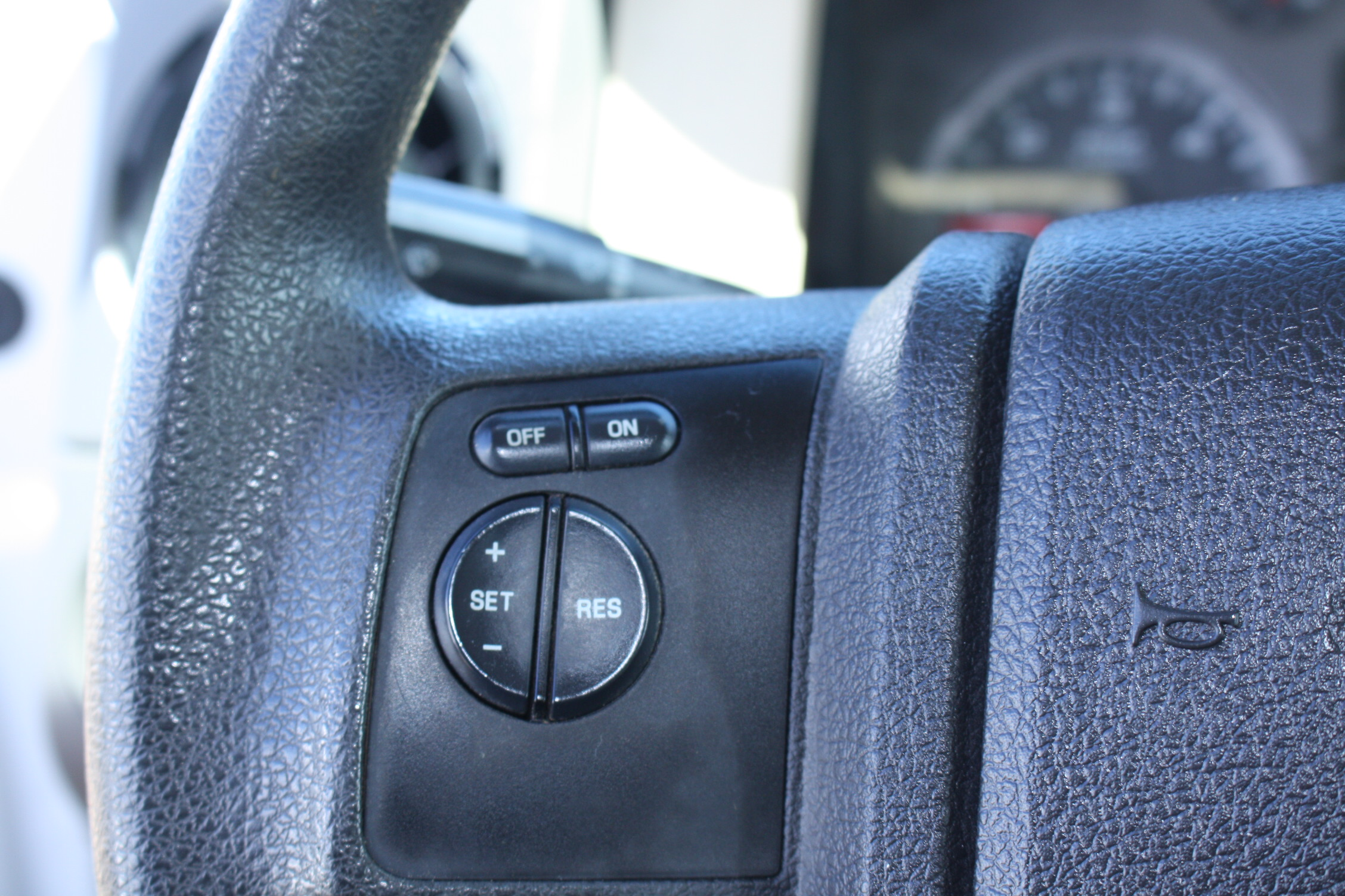 IMG 3533 - 2008 FORD F450 ENCLOSED WALK IN UTILITY