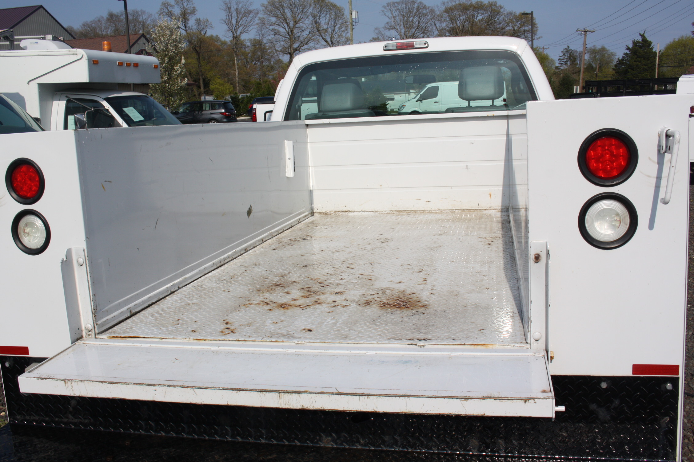 IMG 3591 - 2015 FORD F250 OPEN UTILITY TRUCK