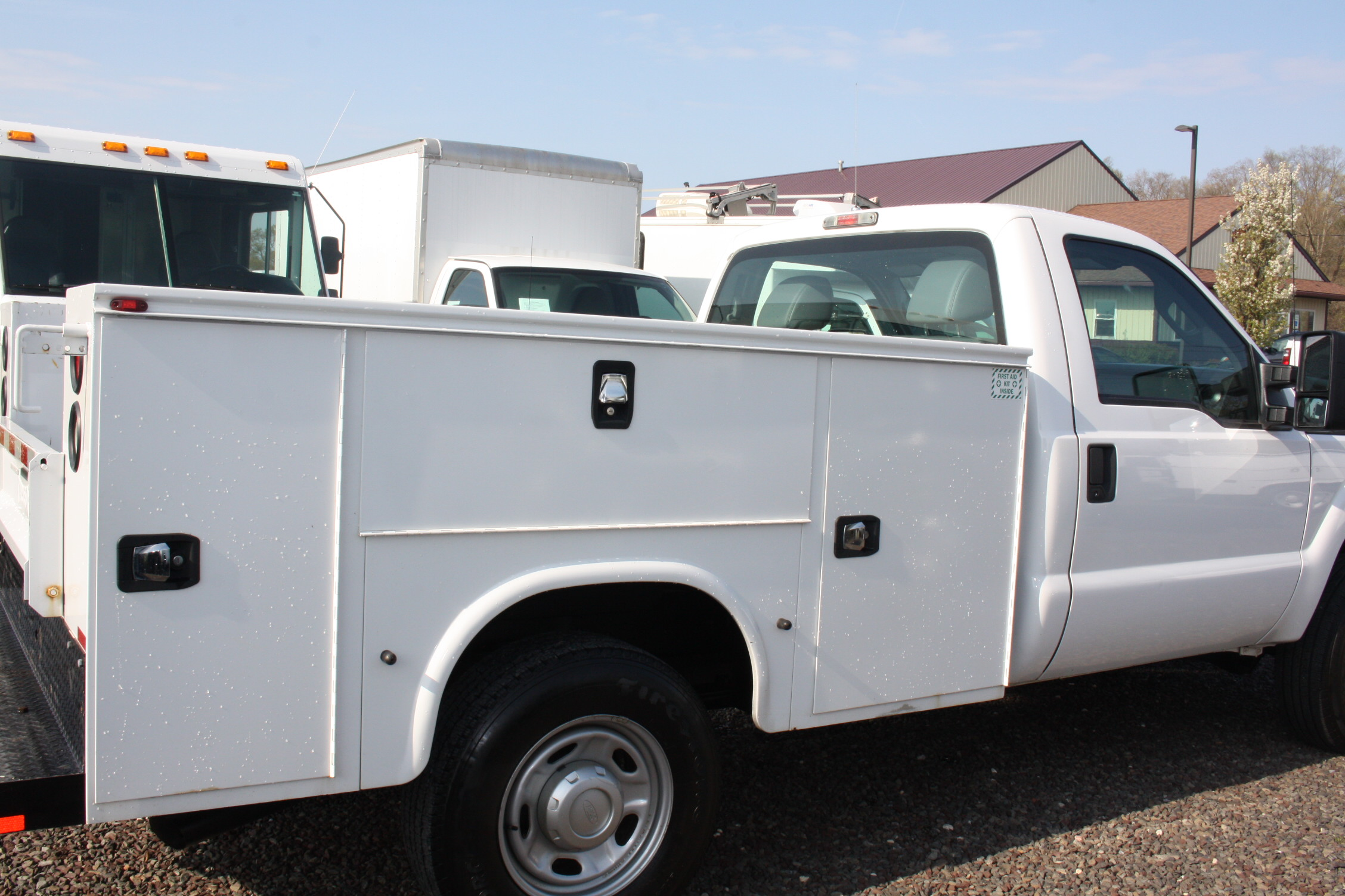 IMG 3594 - 2015 FORD F250 OPEN UTILITY TRUCK