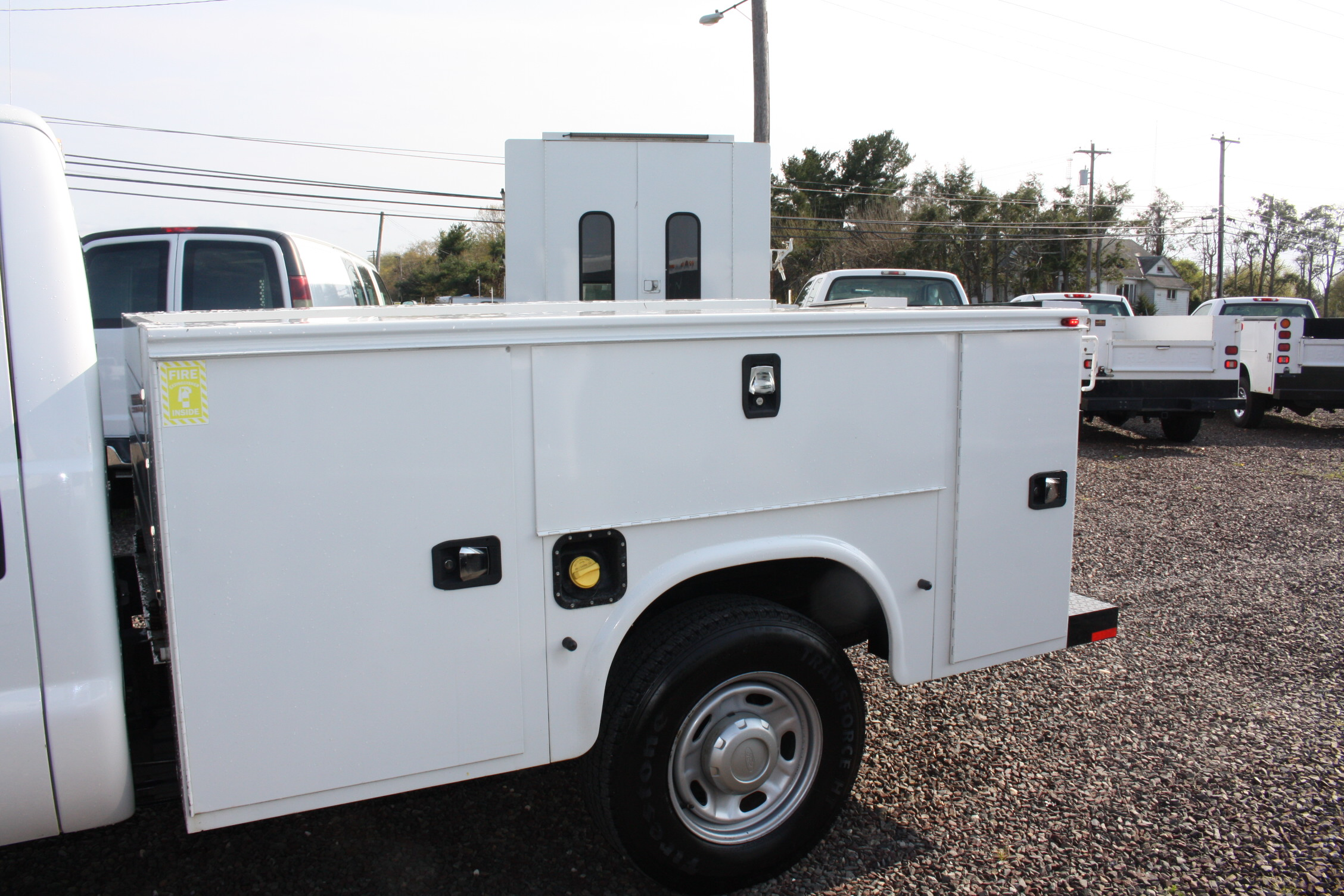 IMG 3597 - 2015 FORD F250 OPEN UTILITY TRUCK