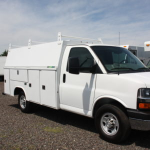 IMG 3622 300x300 - 2015 CHEVROLET G3500 ENCLOSED 11FT  UTILITY