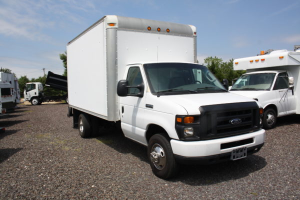 IMG 3897 600x400 - 2008 FORD E450 WITH 14FT BOX