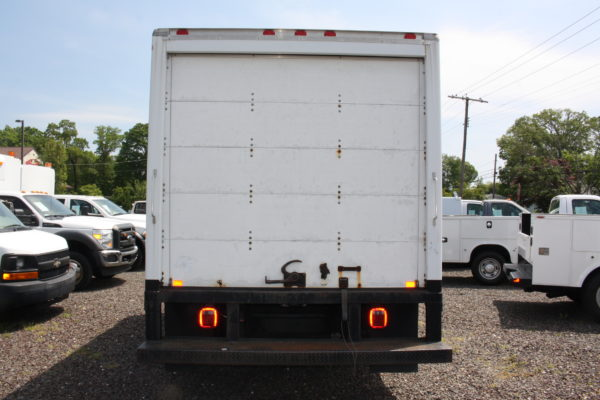 IMG 3899 600x400 - 2008 FORD E450 WITH 14FT BOX
