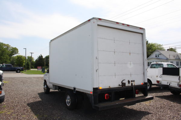IMG 3900 600x400 - 2008 FORD E450 WITH 14FT BOX