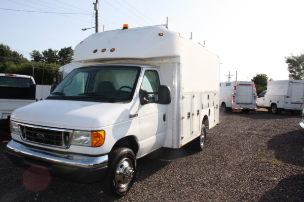 IMG 4058 1 600x400 - 2007 FORD E350 ENCLOSED UTILITY
