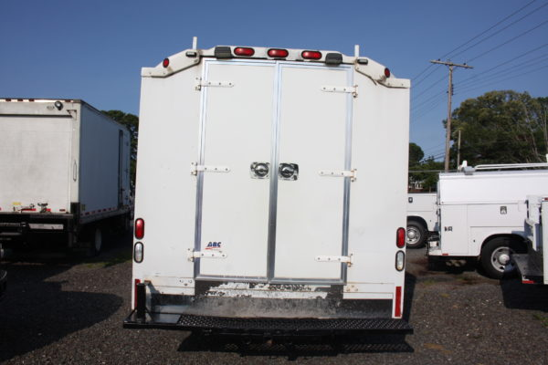 IMG 4062 600x400 - 2007 FORD E350 ENCLOSED UTILITY