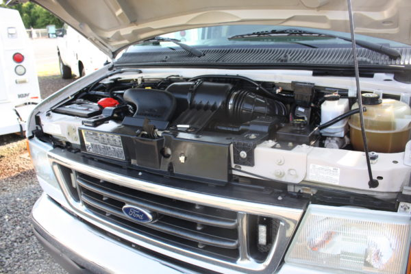 IMG 4070 600x400 - 2007 FORD E350 ENCLOSED UTILITY
