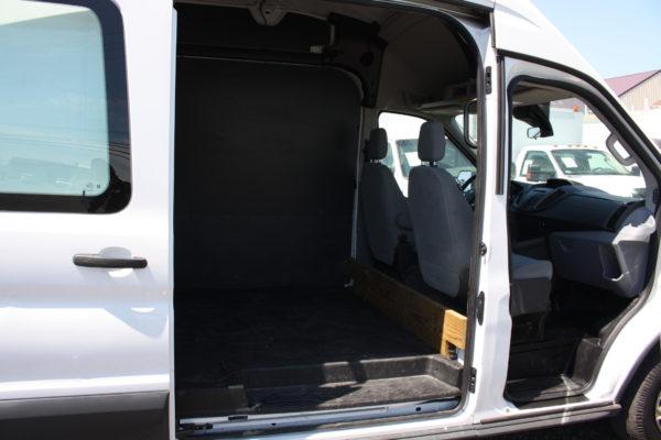 IMG 4215 600x400 - 2015 FORD TRANSIT 350 CARGO VAN