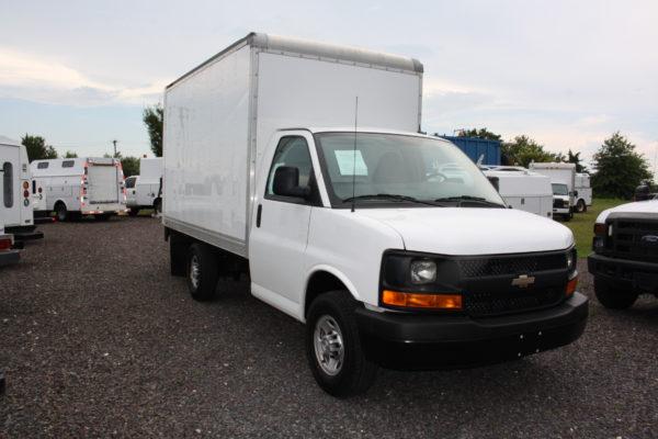 IMG 4225 600x400 - 2015 CHEVROLET G3500 12FT BOX TRUCK