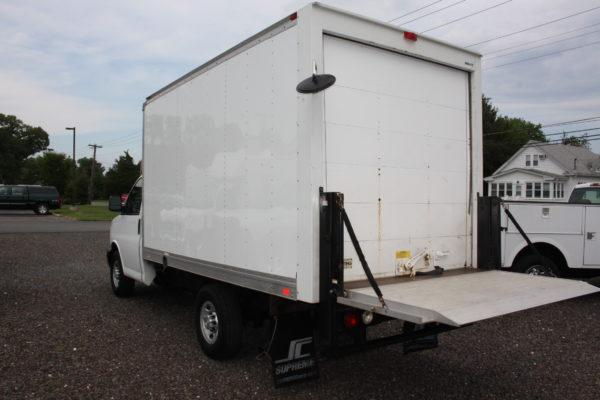 IMG 4229 600x400 - 2015 CHEVROLET G3500 12FT BOX TRUCK