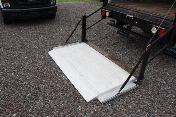 IMG 4235 600x400 - 2015 CHEVROLET G3500 12FT BOX TRUCK