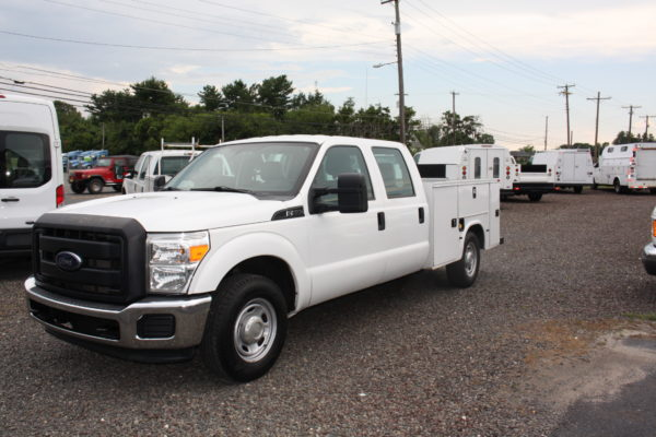 IMG 4247 600x400 - 2015 FORD F250 CREW CAB UTILITY