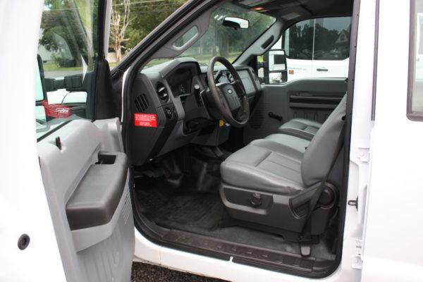 IMG 4253 600x400 - 2015 FORD F250 CREW CAB UTILITY