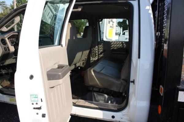 IMG 4314 600x400 - 2008 FORD F450 CREW CAB 4X4 FLAT BED