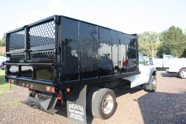 IMG 4592 600x400 - 2006 FORD F550 4X4 DUMP TRUCK