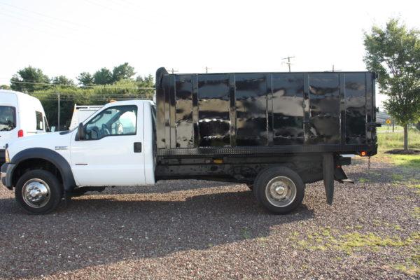 IMG 4595 600x400 - 2006 FORD F550 4X4 DUMP TRUCK
