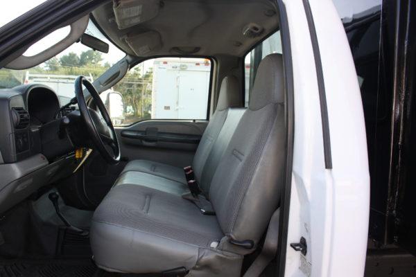 IMG 4597 600x400 - 2006 FORD F550 4X4 DUMP TRUCK