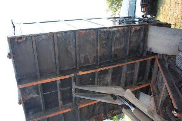 IMG 4615 600x400 - 2006 FORD F550 4X4 DUMP TRUCK
