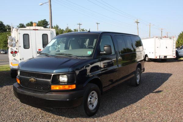 IMG 4652 600x400 - 2011 Chevrolet G2500 Express LS 12 Passenger