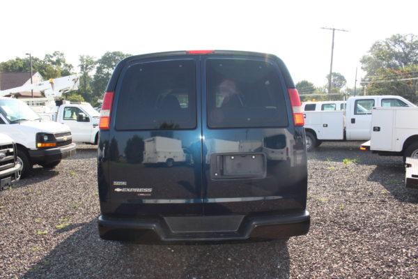 IMG 4656 600x400 - 2011 Chevrolet G2500 Express LS 12 Passenger