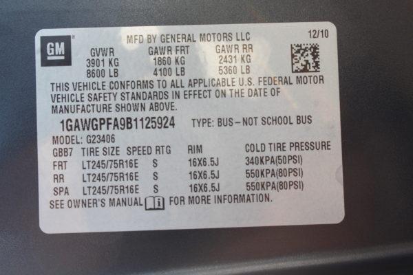 IMG 4660 600x400 - 2011 Chevrolet G2500 Express LS 12 Passenger
