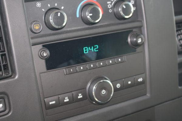 IMG 4663 600x400 - 2011 Chevrolet G2500 Express LS 12 Passenger