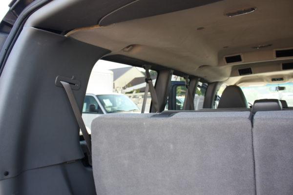 IMG 4669 600x400 - 2011 Chevrolet G2500 Express LS 12 Passenger