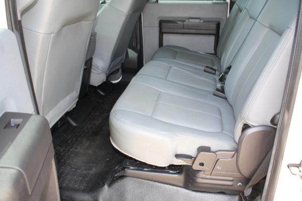 0172 18 600x400 - 2016 Ford F550 Crew Cab 4x4 Rugby Dump