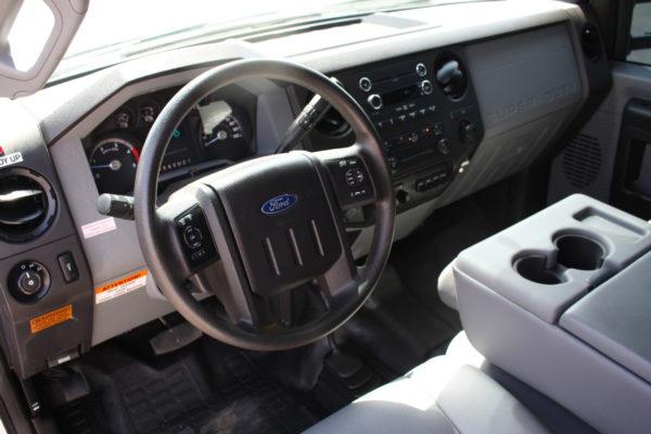 0172 8 600x400 - 2016 Ford F550 Crew Cab 4x4 Rugby Dump