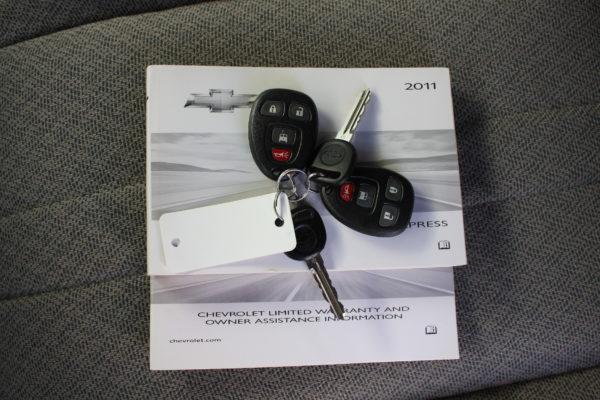 0177 15 600x400 - 2011 Chevrolet G3500 Express Extended LT 15 Passenger