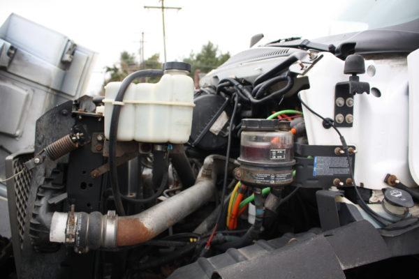 0162 17 600x400 - 2005 CHEVROLET C7500 DUMP TRUCK W/ 10' PLOW