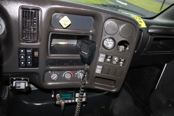 0162 21 600x400 - 2005 CHEVROLET C7500 DUMP TRUCK W/ 10' PLOW