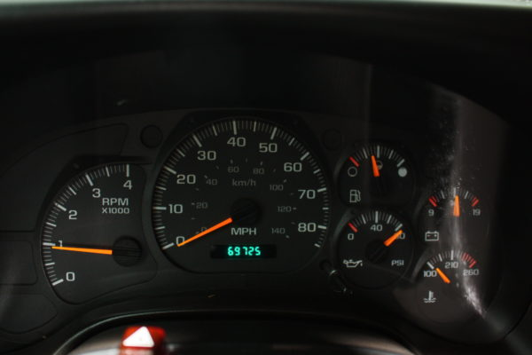 0162 22 600x400 - 2005 CHEVROLET C7500 DUMP TRUCK W/ 10' PLOW