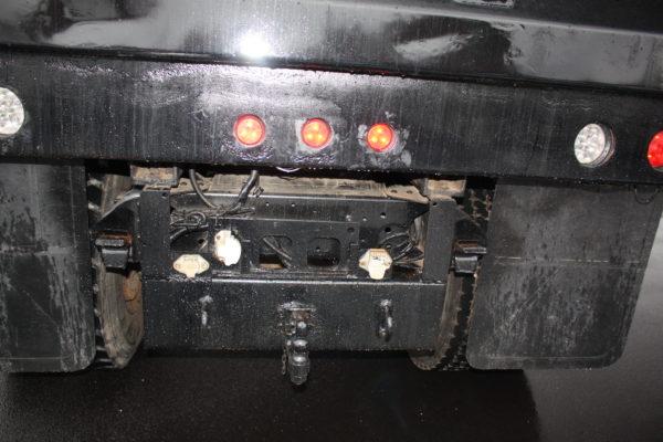 0162 6 600x400 - 2005 CHEVROLET C7500 DUMP TRUCK W/ 10' PLOW