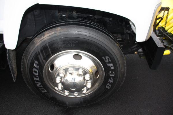 0162 9 600x400 - 2005 CHEVROLET C7500 DUMP TRUCK W/ 10' PLOW