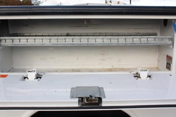 0182 12 600x400 - 2010 CHEVROLET SILVERADO K2500 UTILITY W/ PLOW