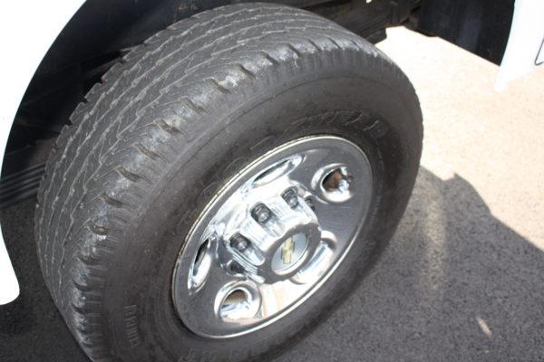0182 30 600x400 - 2010 CHEVROLET SILVERADO K2500 UTILITY W/ PLOW